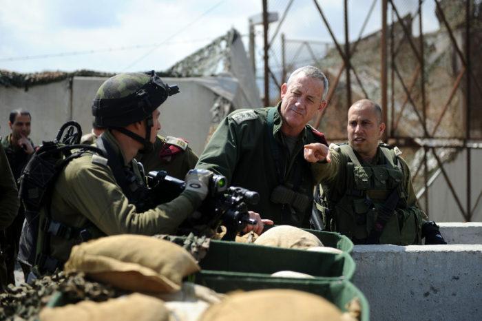 Lt. Gen. Benny Gantz briefs soldiers, 2012. (Israeli Defense Forces via Flickr)