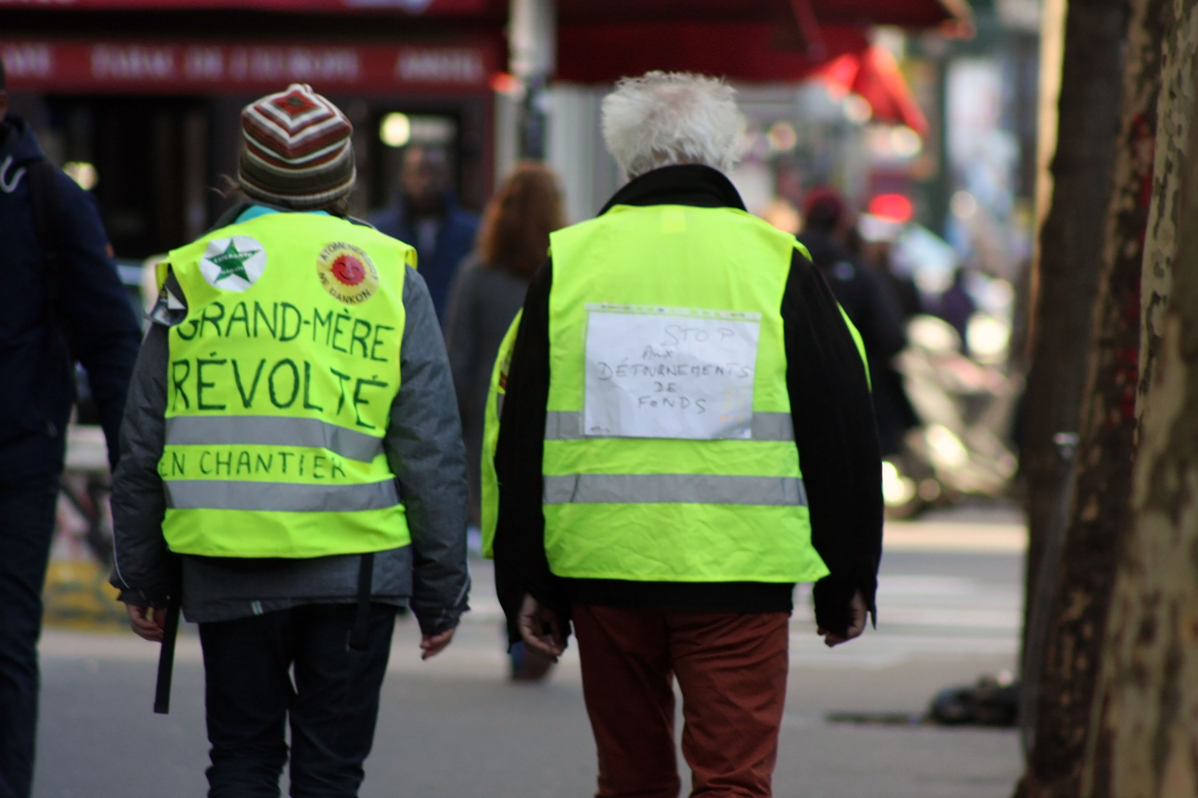 "Participants at climate march included a ""Revolutionary Grandmother"" at left. (Lea Bouchoucha)"