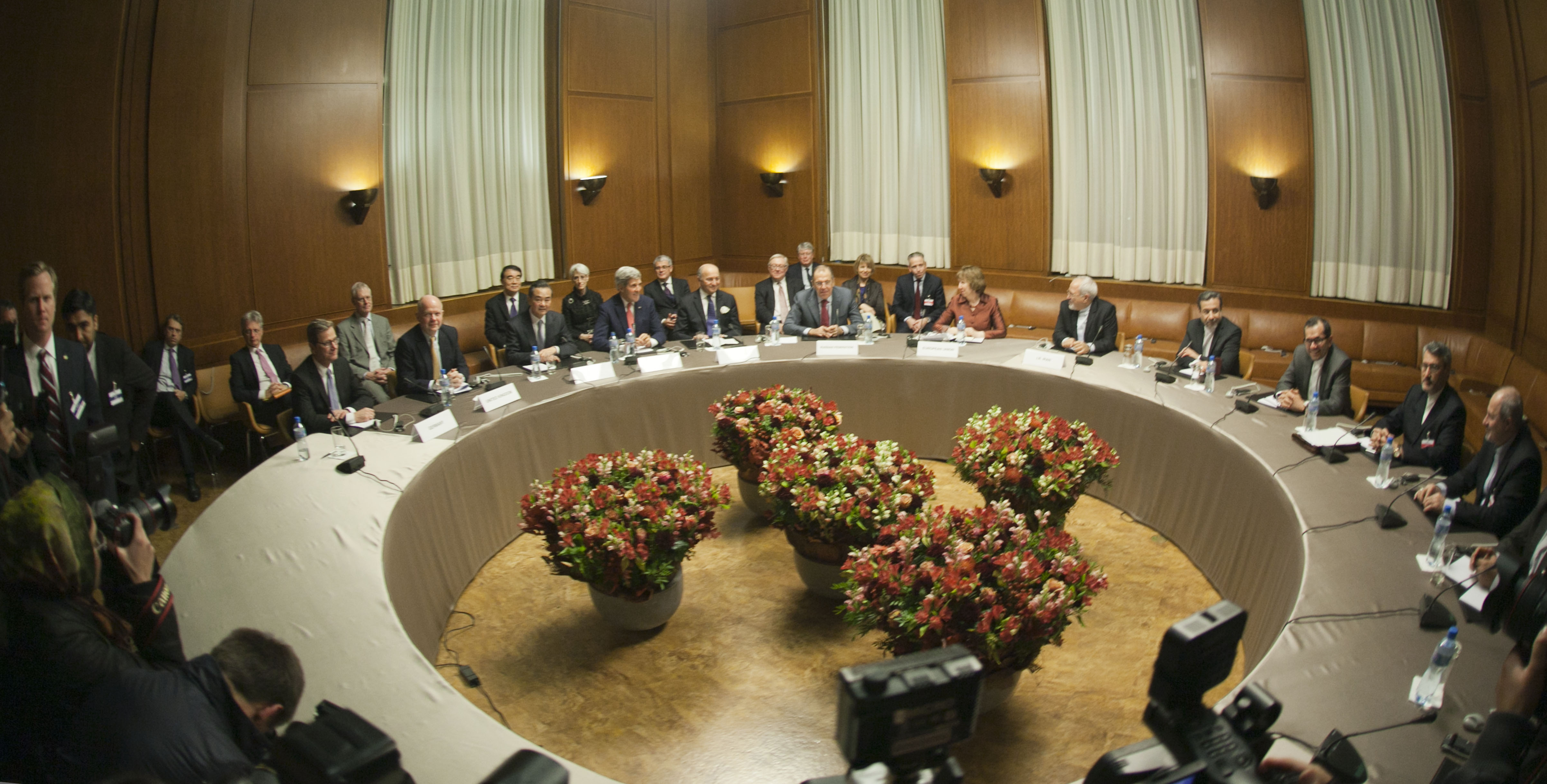 Ministers of Germany, U. K., China, U. S, France, Russia, the European Union and Iran in Geneva for the interim agreement on the Iranian nuclear program, November 2013. (Wikimedia)