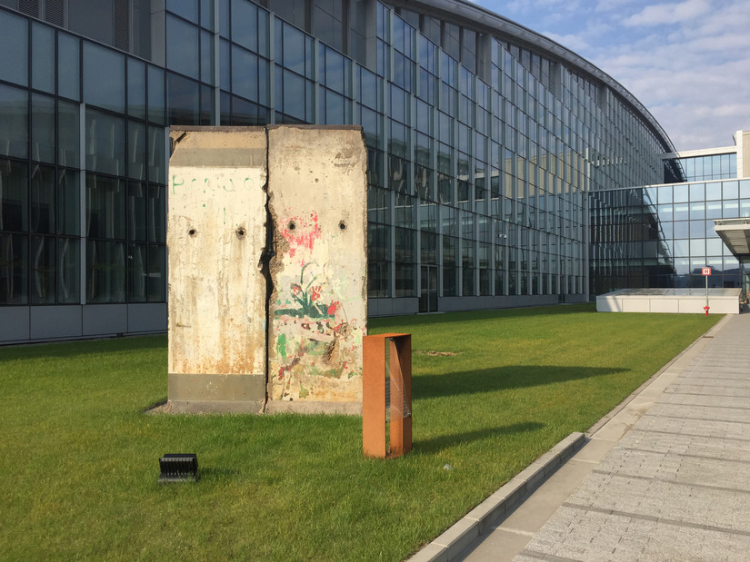 Berlin Wall remnant outside new NATO headquarters building in Brussels. (DoD/Jim Garamone)